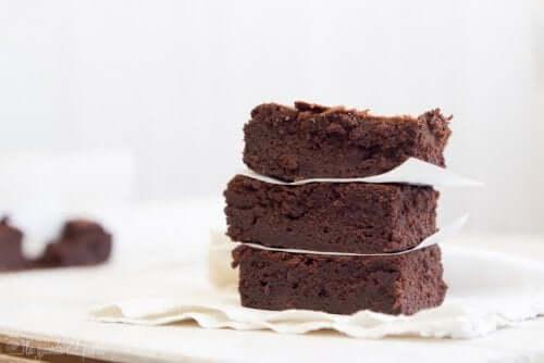 Receita de brownie de chocolate com sorvete de maracujá e banana