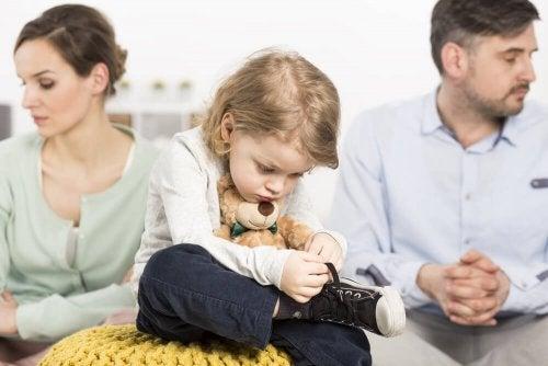 Pais divorciados com filhos