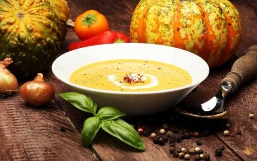 Algumas receitas saudáveis de creme de legumes