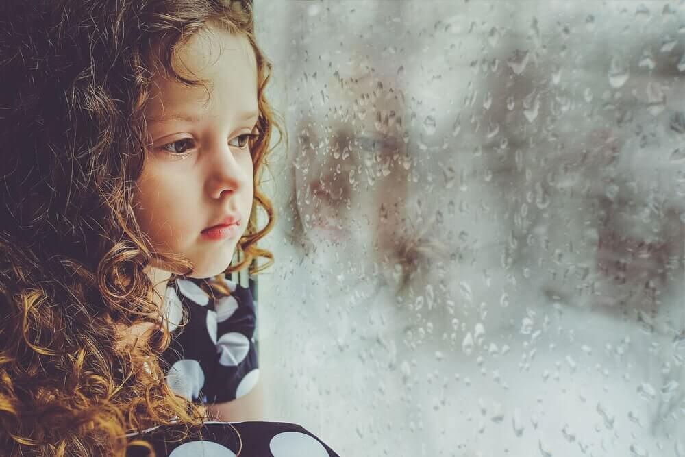 O que acontece quando não recebemos muito amor na infância?