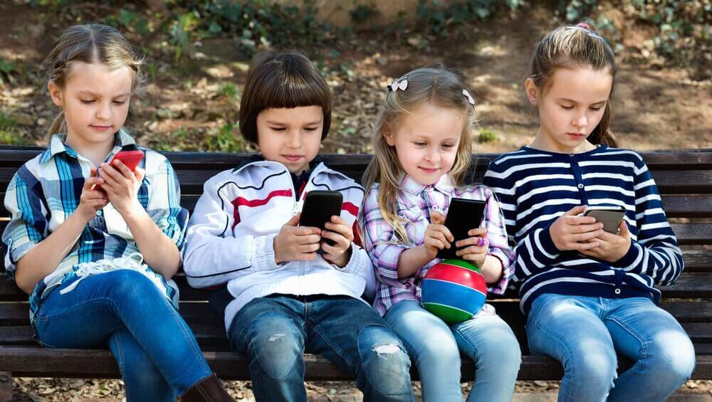Crianças do século 21 e a tecnologia