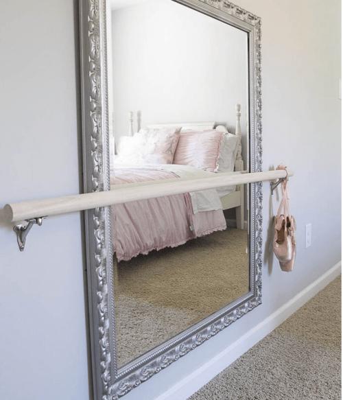 Espelho no quarto