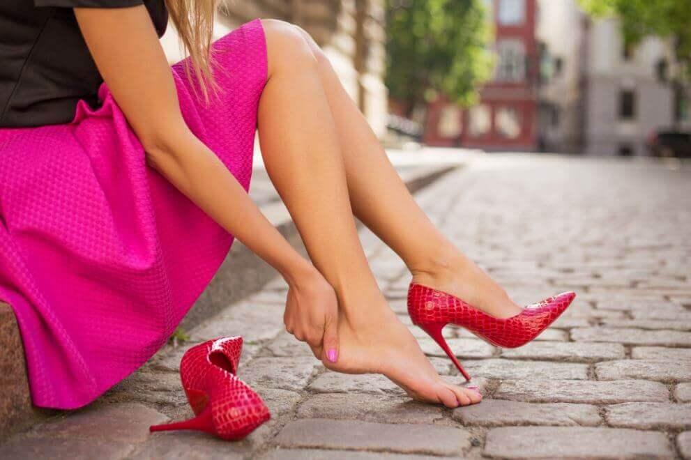5 dicas para evitar que os sapatos novos machuquem