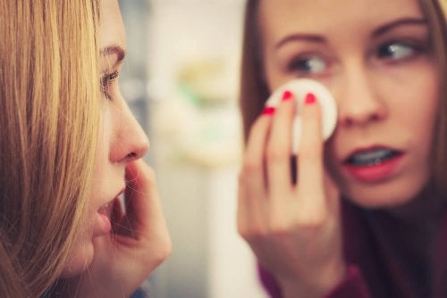 Cuide do rosto fazendo uma limpeza profunda