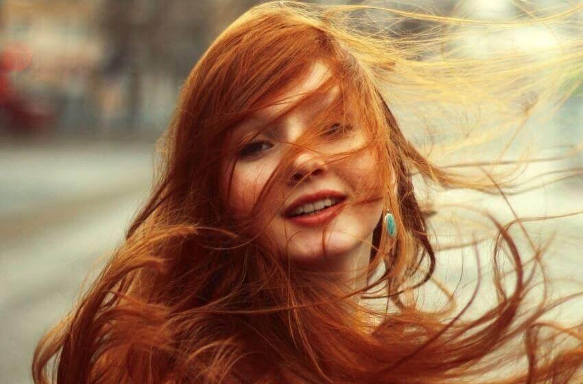 Como manter um tom de cabelo ruivo