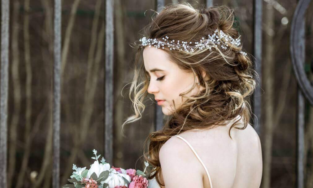 Melhores penteados para cada modelo de vestido