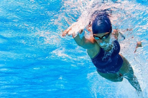 A natação contribui para o funcionamento do coração