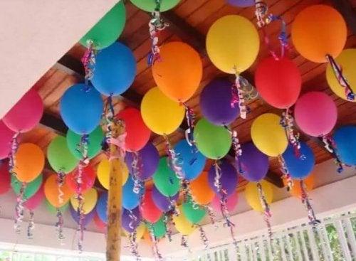 Decoração com balões em festa