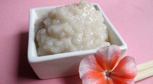 2 formas de usar arroz para limpar a cútis