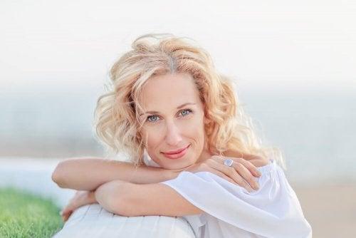 8 conselhos para cuidar da pele na menopausa
