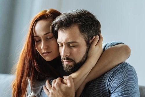 Mulher paciente com seu parceiro