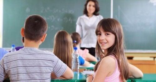 Crianças no início das aulas