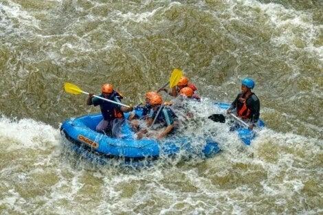 Rafting, um dos esportes aquáticos mais radicais