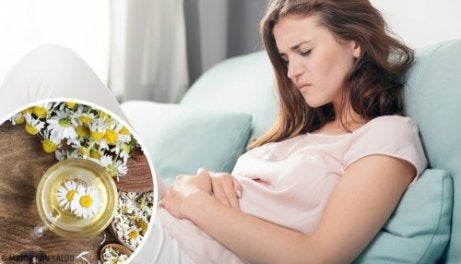 Chá para aliviar as cólicas menstruais
