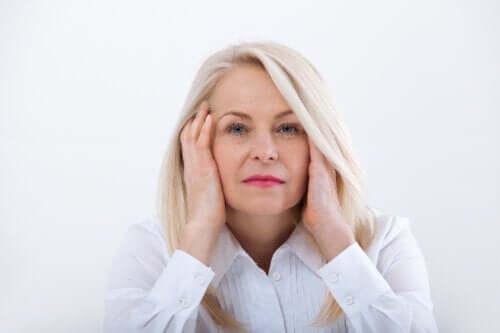 A encruzilhada física e emocional da menopausa