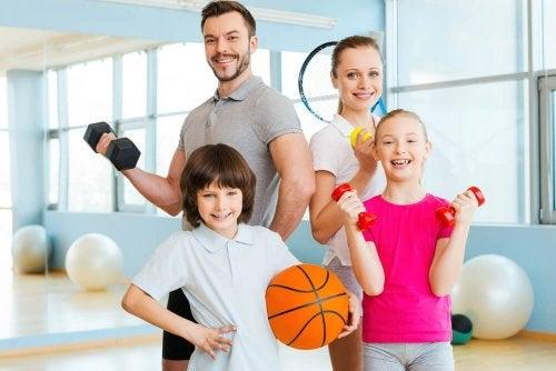 Fazer esportes é um dos presentes para a família