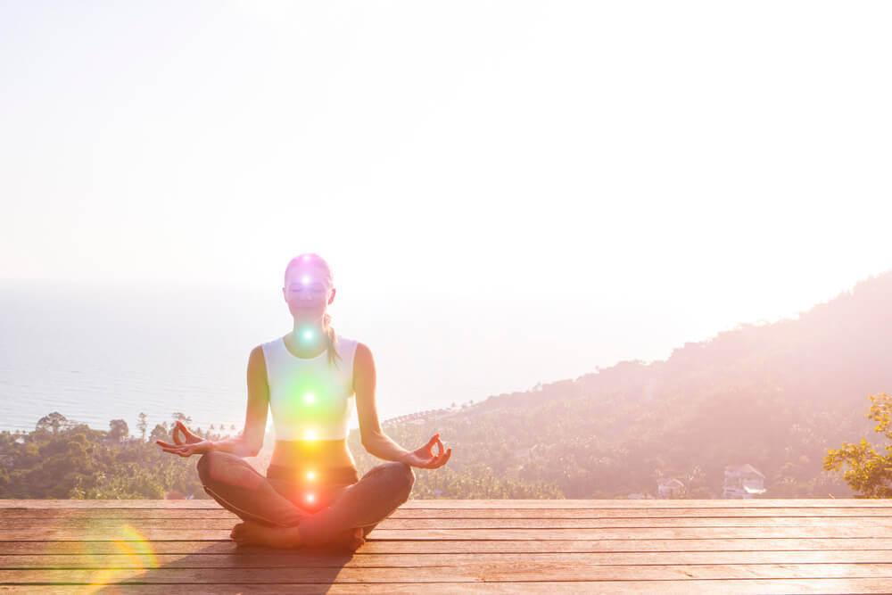 Os chakras, pontos energéticos que deve ativar