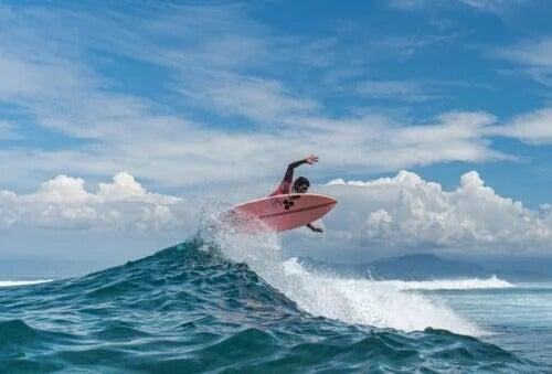 5 esportes aquáticos divertidos