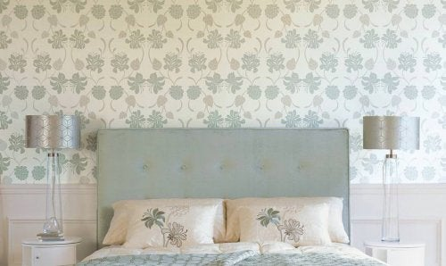 Formas de usar o papel de parede no quarto