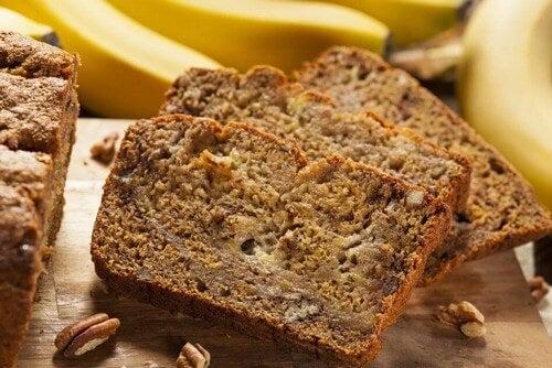 Além de fibras, vitaminas e minerais, a banana fornece compostos fenólicos, fitoesteróis e outras substâncias antioxidantes