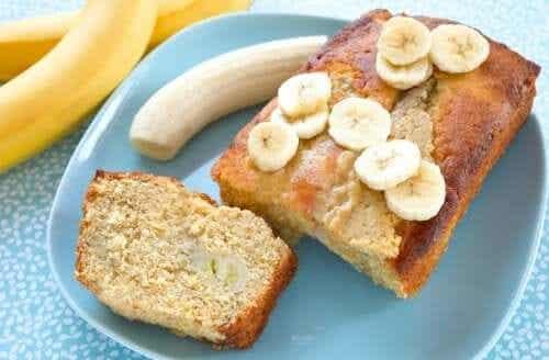 3 receitas de bolo de banana para fazer em casa