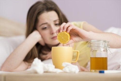 Os chás naturais ajudam a controlar a febre
