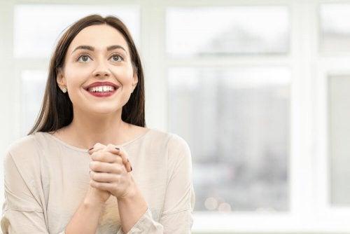 Mulher ansiosa pelo primeiro encontro