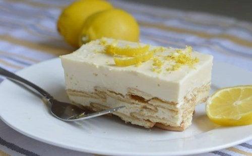 Torta de limão com creme