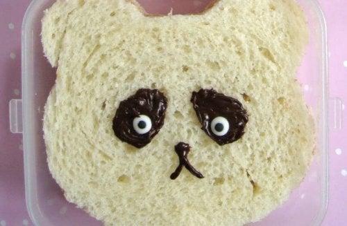 Sanduíches são receitas fáceis para fazer com as crianças