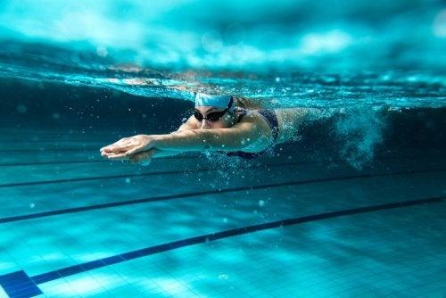 A natação e suas contribuições para a perda de peso