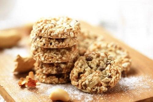 Biscoitos de aveia, linhaça e gergelim ideais para dietas