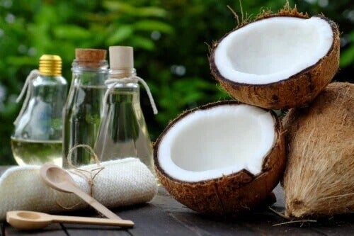 5 tratamentos com óleo de coco para reduzir estrias e cicatrizes
