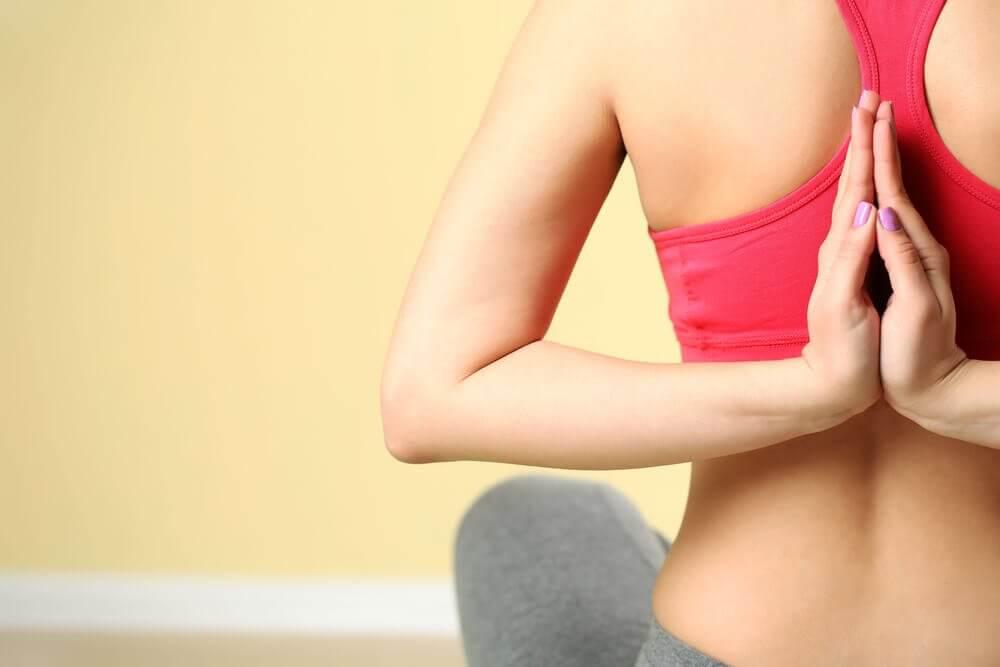 O que acontece com o corpo ao começar a praticar ioga?