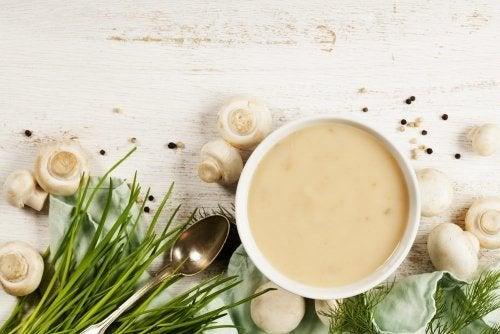 Como preparar um creme de champignon?