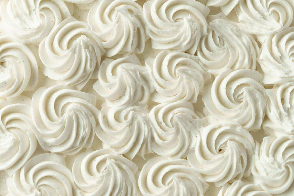 Aprenda a preparar um creme decorativo para bolos