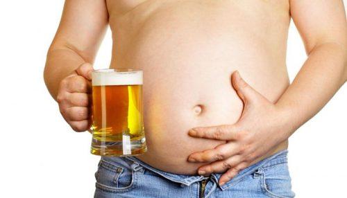 Se quiser disfarçar a barriga deixe de beber álcool