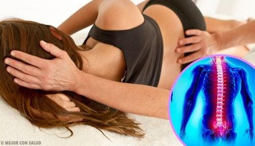 Mulher com dor ciática