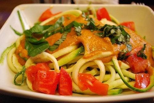 A alimentação saudável ajuda a tratar a pressão baixa