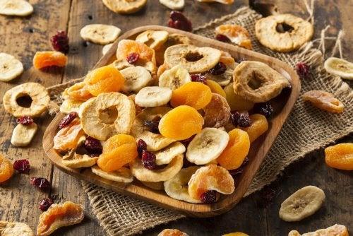 As frutas secas são recomendadas