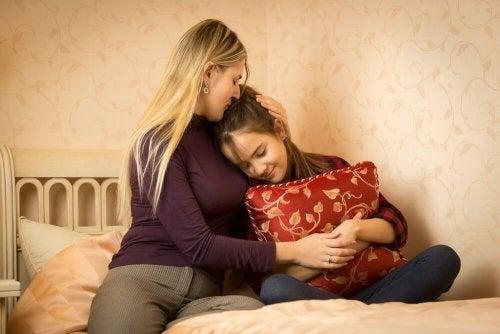 As crianças pedem água antes de dormir para ficar com seus pais à noite
