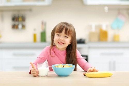 Cereais e aveia são uma boa escolha para a alimentação para crianças