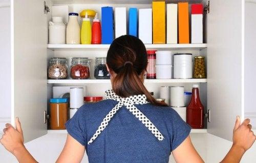 Truques simples para organizar a despensa