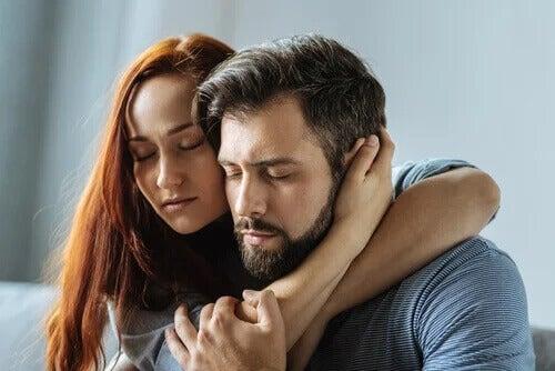 5 conselhos para não depender emocionalmente do(a) parceiro(a)