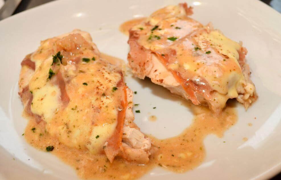 Receita de peito de frango ao queijo roquefort