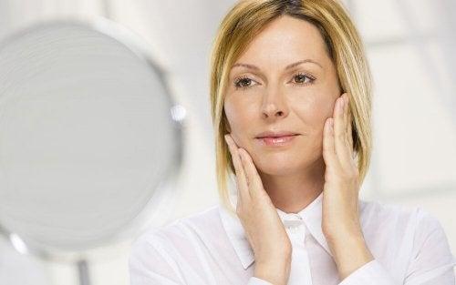 8 dicas para manter a pele suave após os 40 anos