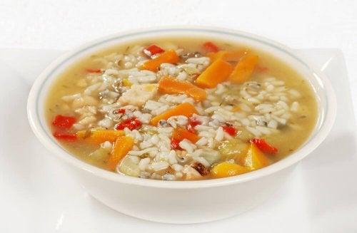 3 sopas para se recuperar da diarreia