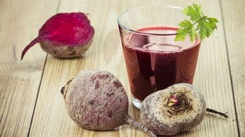 a beterraba é um dos excelentes alimentos detox