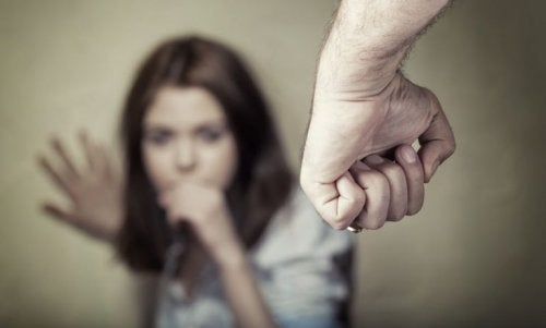 Sinais que a violência psicológica deixa no corpo