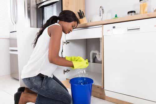 8 truques para evitar odores ruins na lixeira