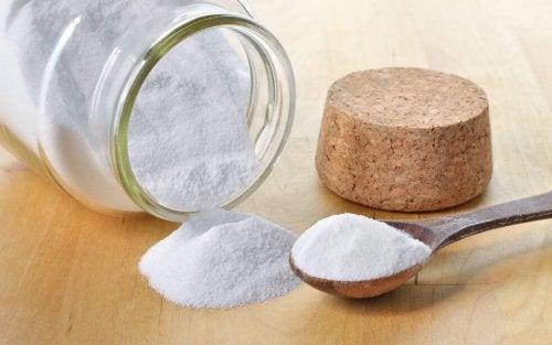 Bicarbonato de sódio para preparar um detergente ecológico